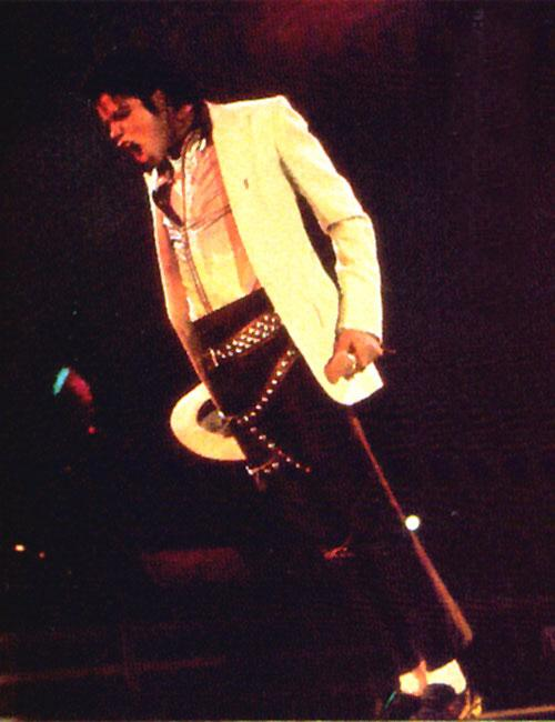 Bad World Tour Onstage- Smooth Criminal 00867