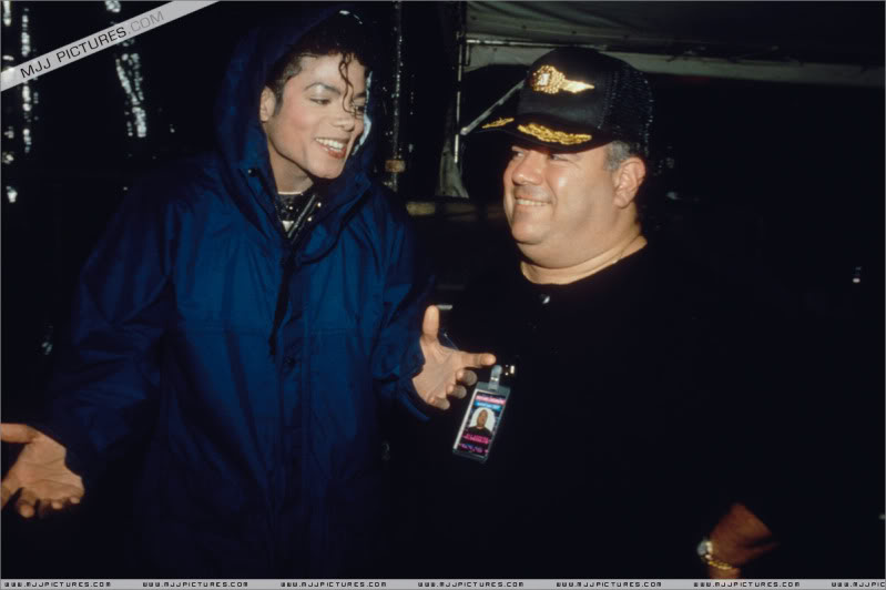 Bad World Tour Offstage 1989- Miscellaneous 009-6010
