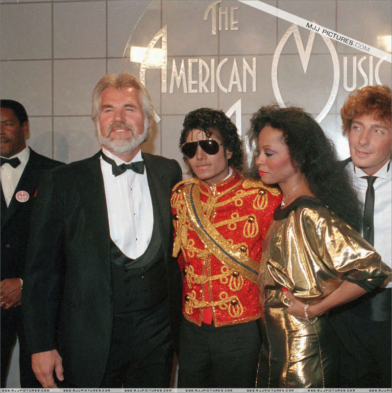 1984- The 11th American Music Awards 00930