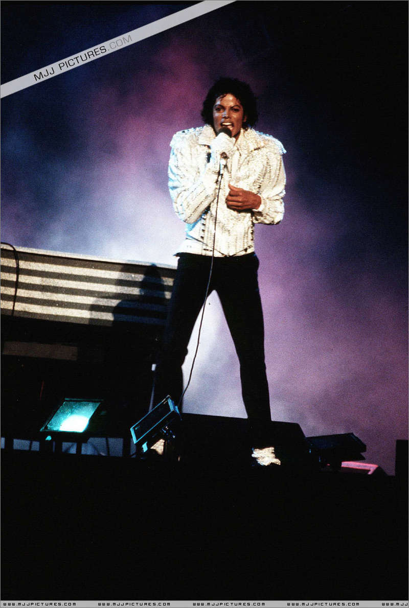 Victory Tour 00948