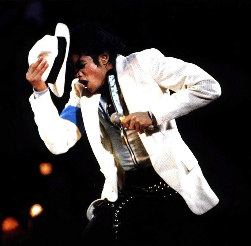 Bad World Tour Onstage- Smooth Criminal 00968