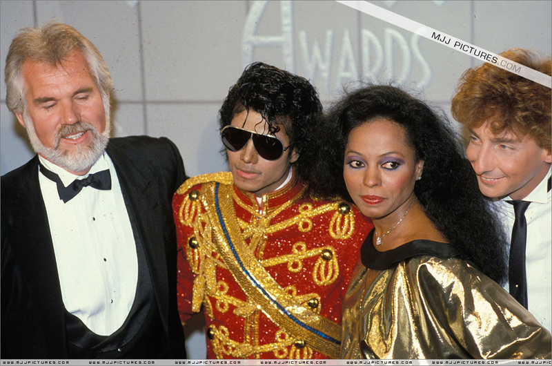 1984- The 11th American Music Awards 01027
