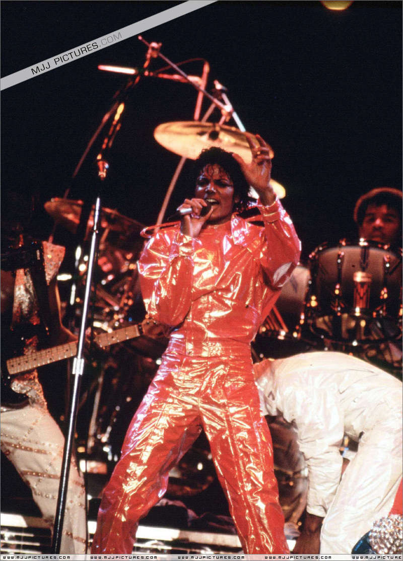 Victory Tour 01044
