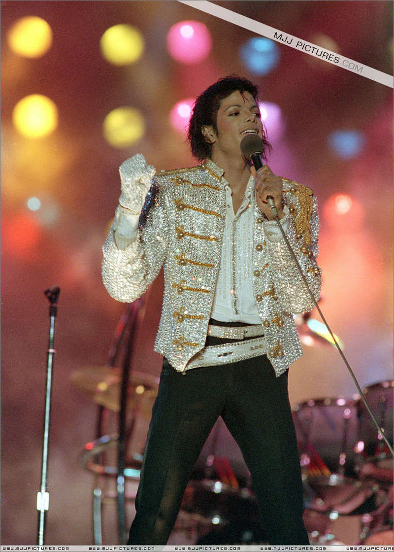 Victory Tour 01045