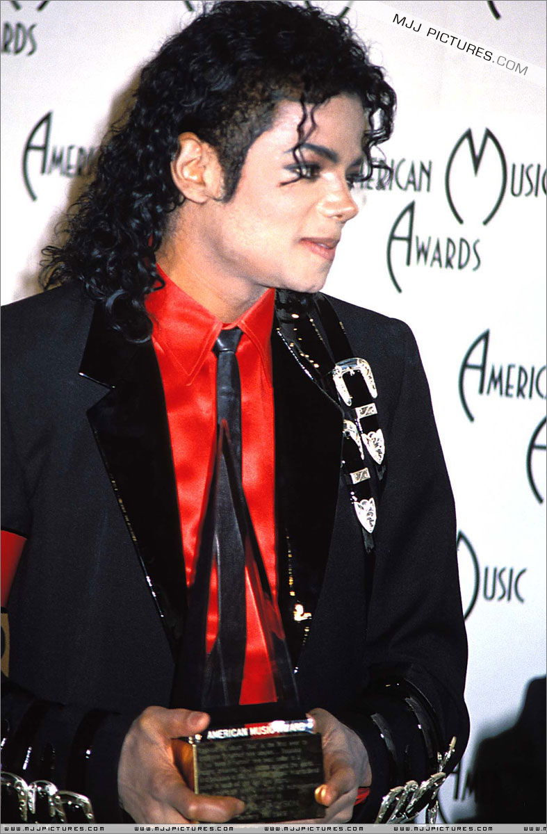 1989- The 16th American Music Awards 01055