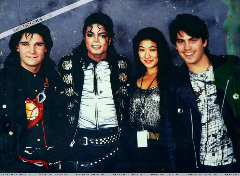 Bad World Tour Offstage 1989- Miscellaneous 011-5510