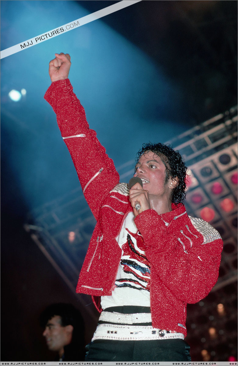 Victory Tour 01138