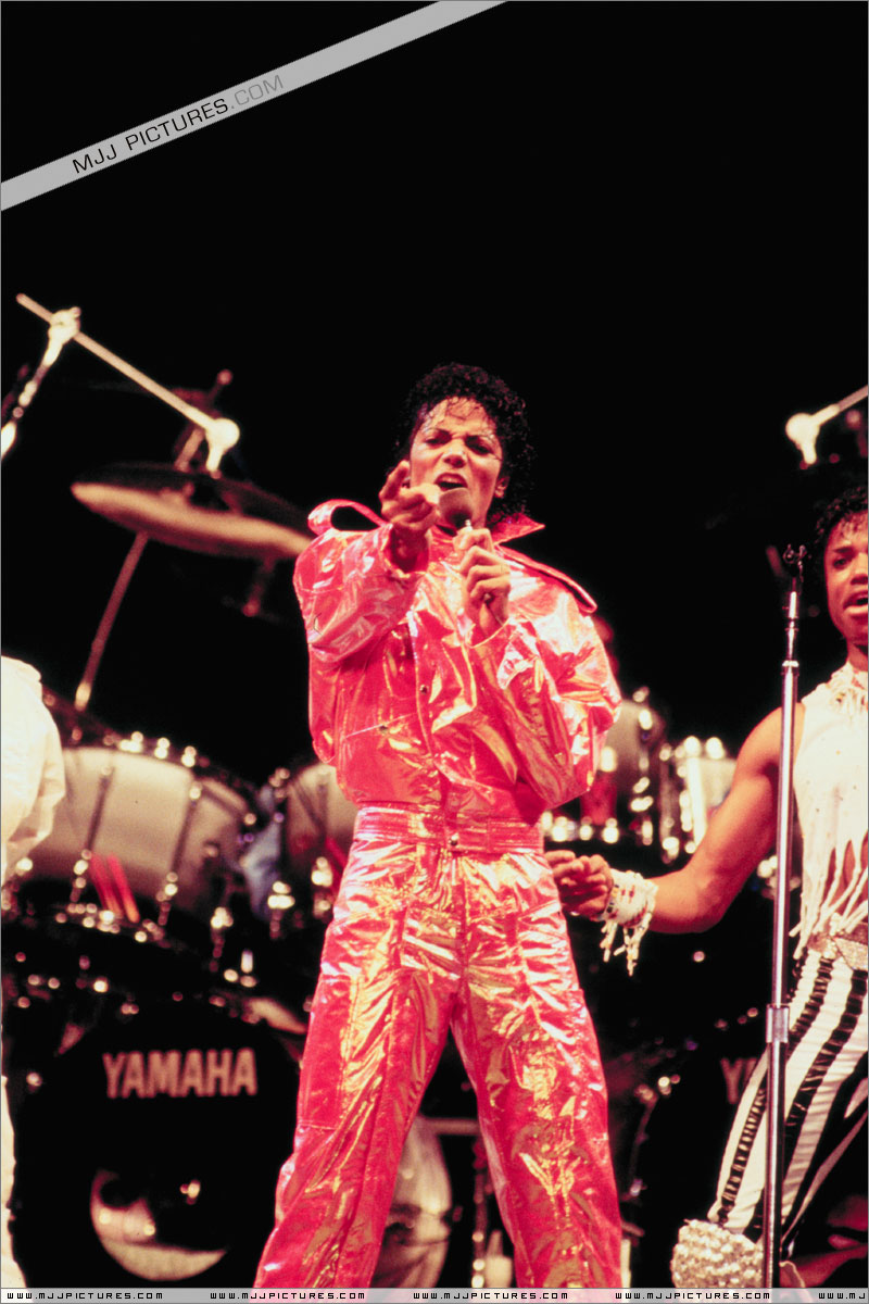 Victory Tour 01140