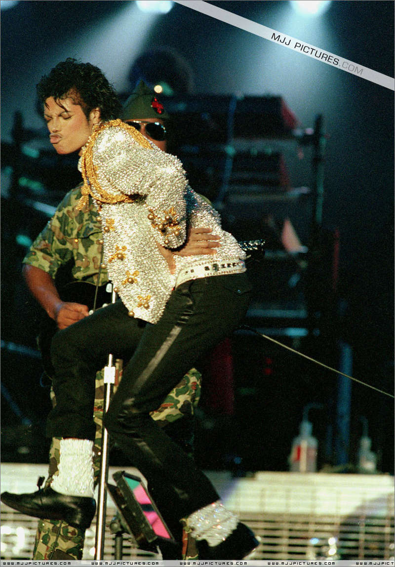 Victory Tour 01141