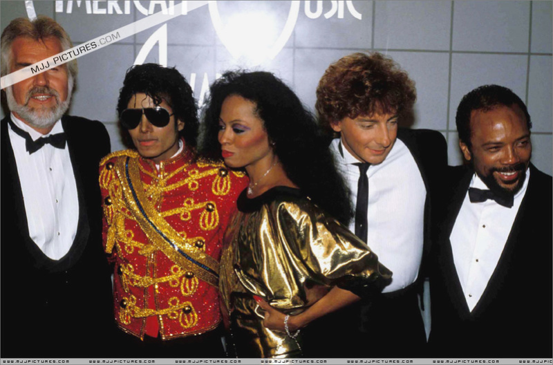 1984- The 11th American Music Awards 01224