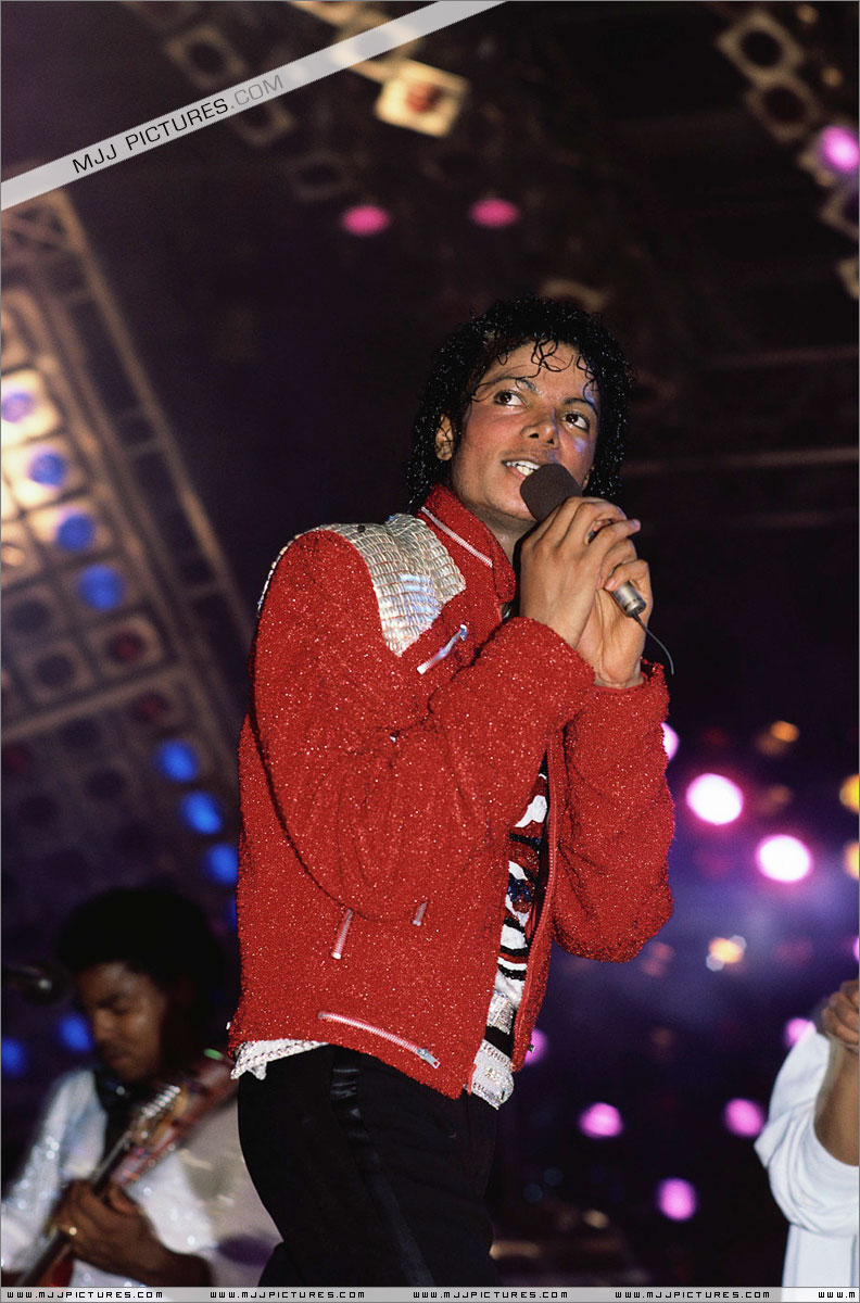 Victory Tour 01236