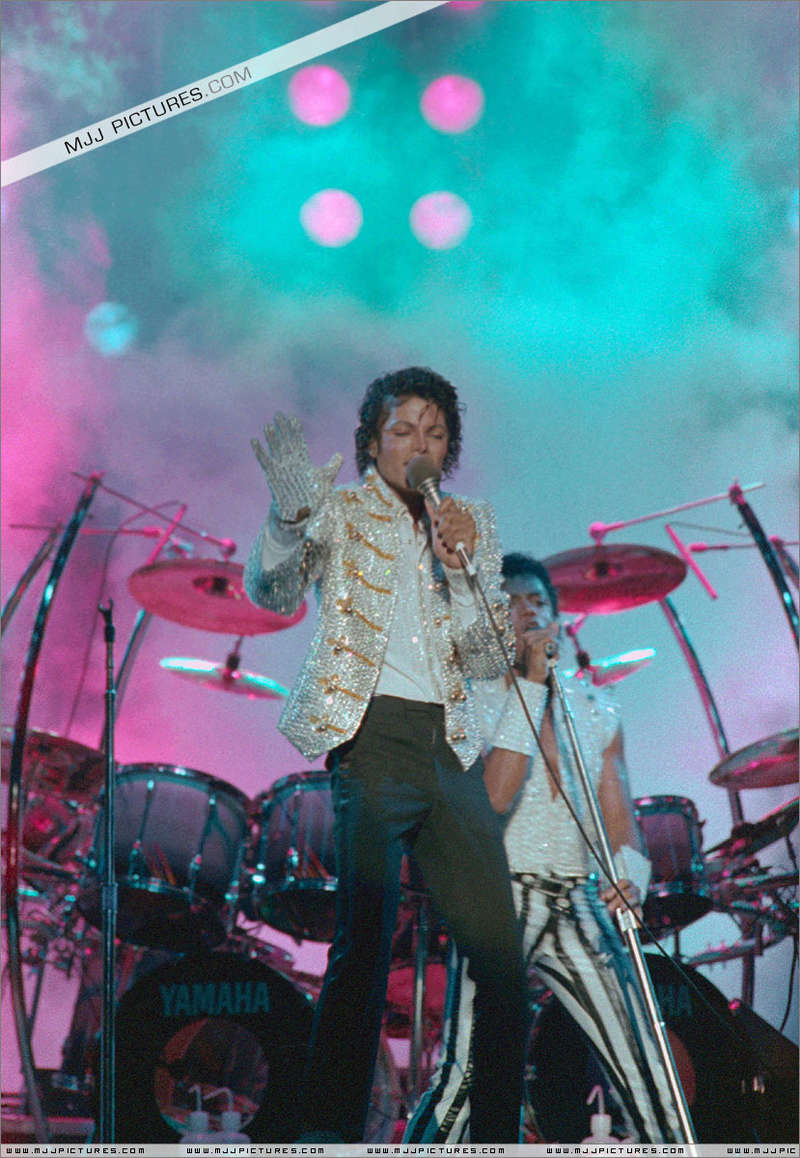 Victory Tour 01239