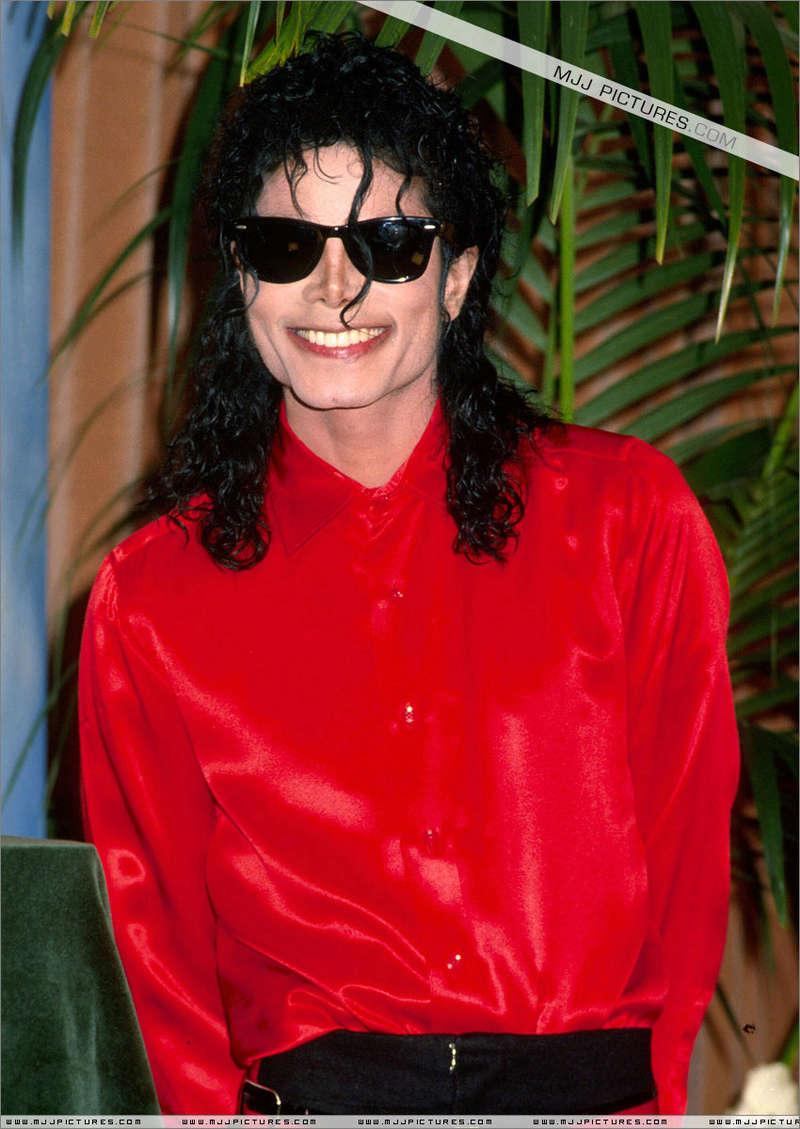 1990- The BMI Michael Jackson Award 01250