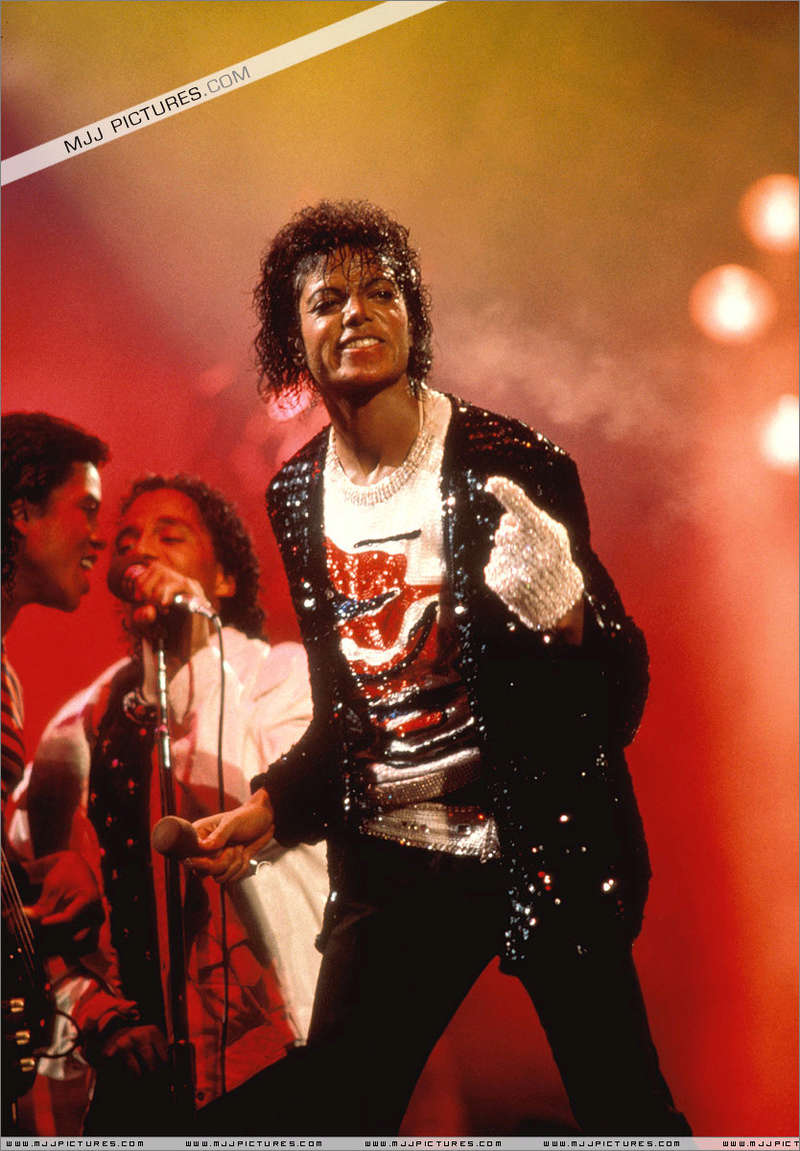 Victory Tour 01335