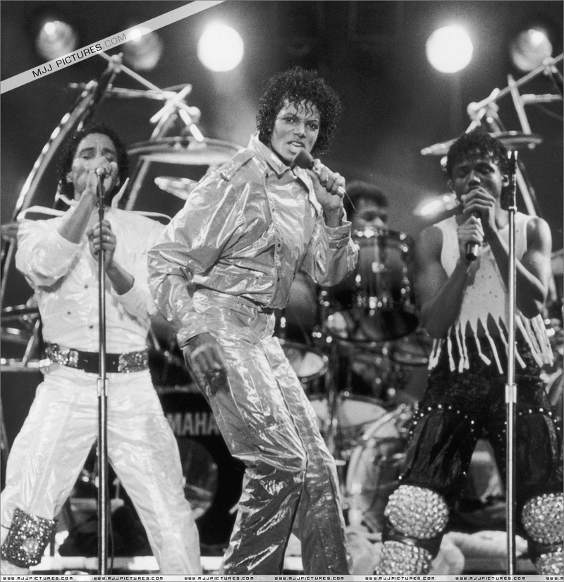 Victory Tour 01337