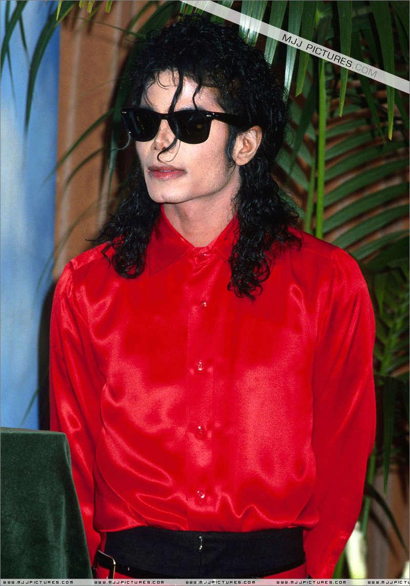 1990- The BMI Michael Jackson Award 01347