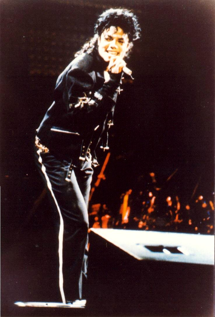 Bad World Tour Onstage- Bad 01348