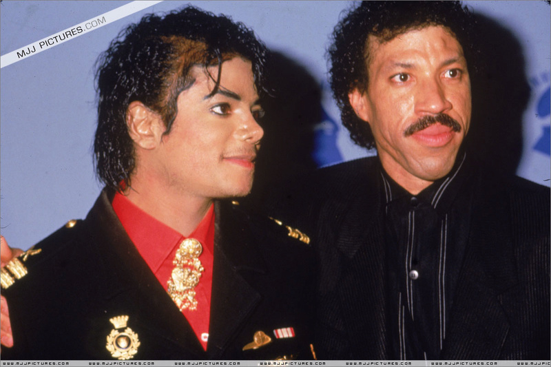 1986- The 28th Grammy Awards 01430