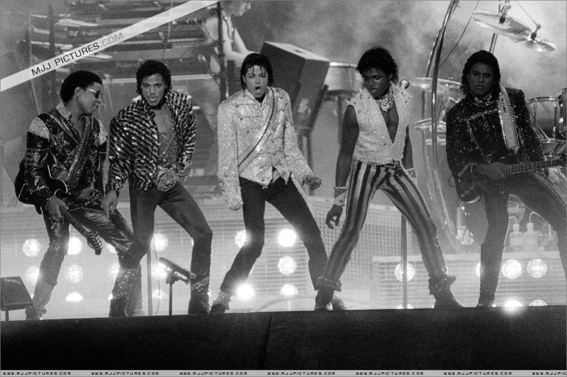 Victory Tour 01440