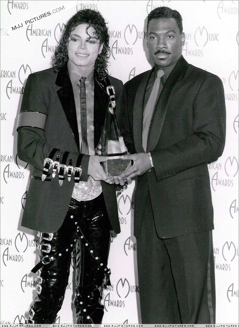 1989- The 16th American Music Awards 01446