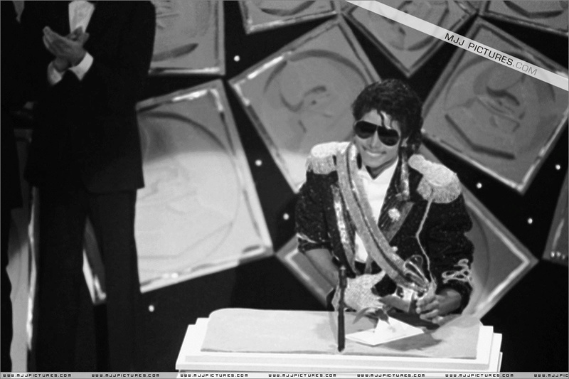 1984- The 26th Grammy Awards 01524