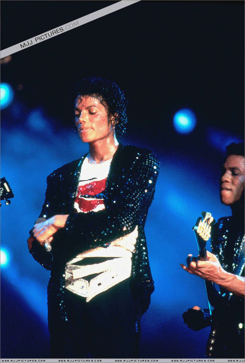 Victory Tour 01536
