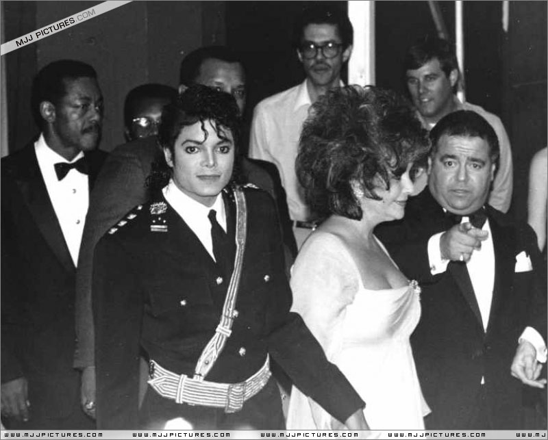 1986- The 14th American Music Awards 01628