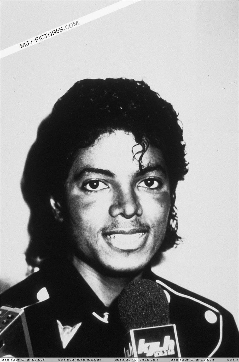 1983- Platinium Certification for Thriller 01721