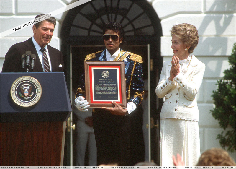 1984- White House Presidential Award 01825