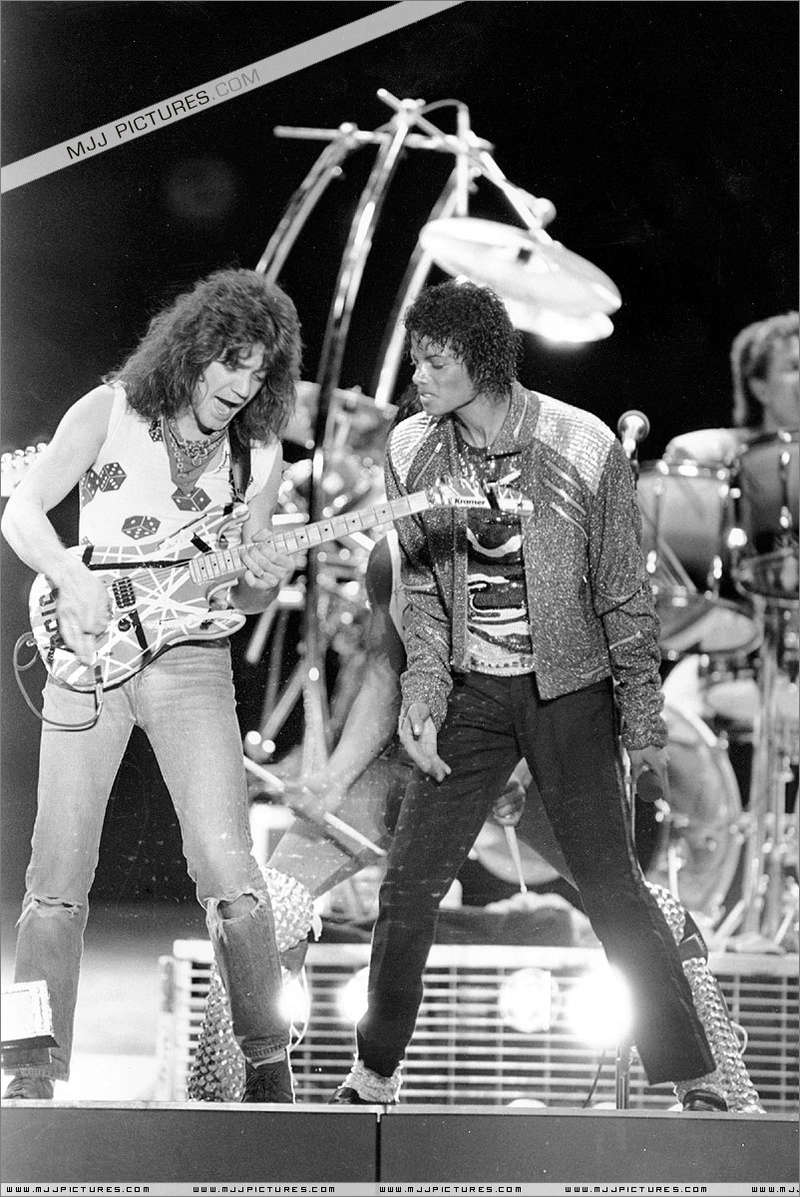 Victory Tour 01833