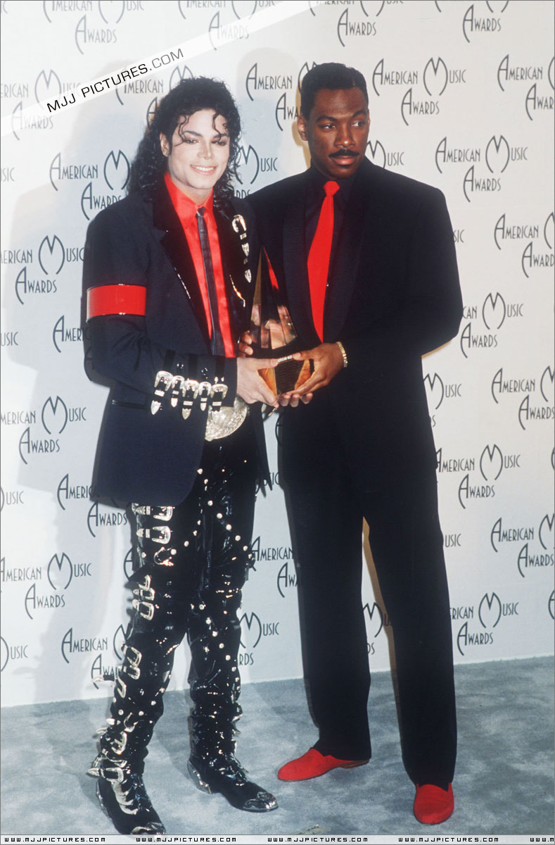 1989- The 16th American Music Awards 01839