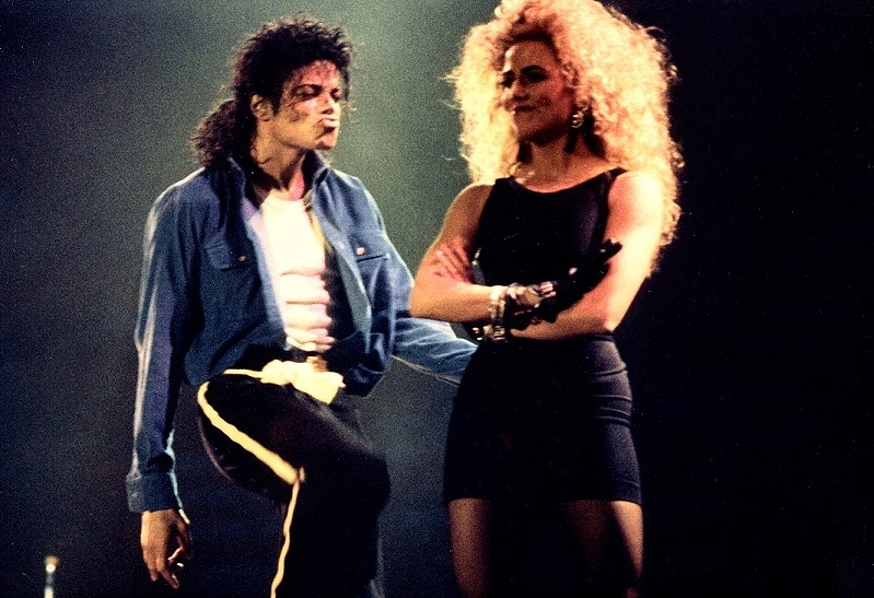 Bad World Tour Onstage- The Way You Make Me Feel 01847