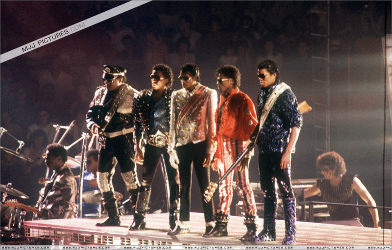 Victory Tour 01934