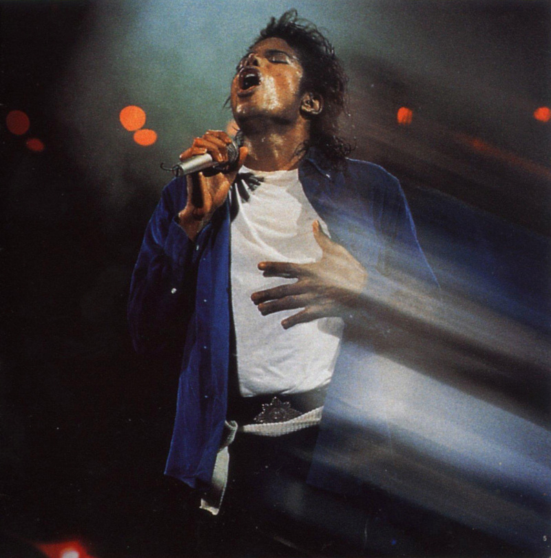 Bad World Tour Onstage- The Way You Make Me Feel 01947
