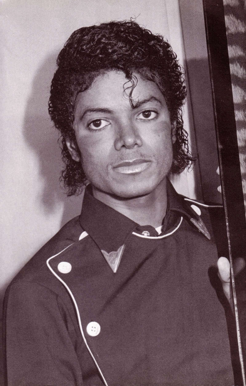 1983- Platinium Certification for Thriller 02119