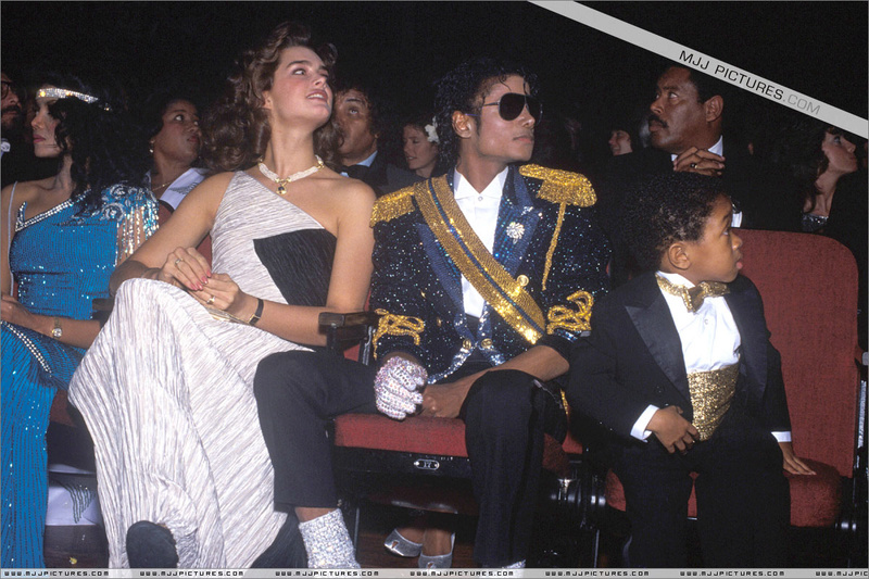 1984- The 26th Grammy Awards 02123