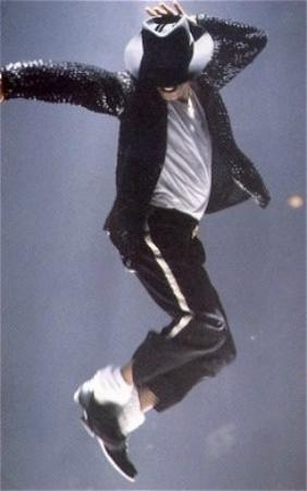 Bad World Tour Onstage- Billie Jean - Shake Your Body (Down To The Ground) 02142