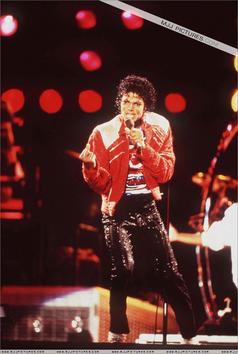 Victory Tour 02227