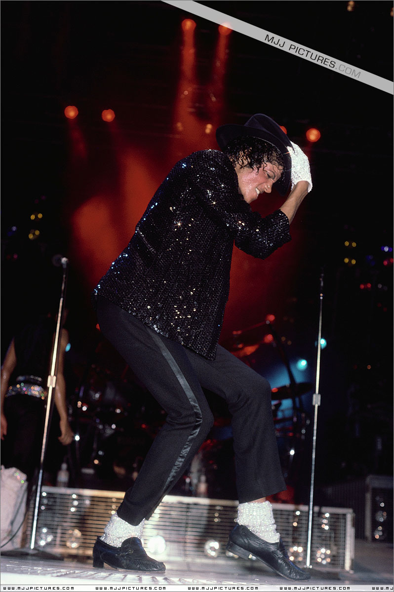 Victory Tour 02229
