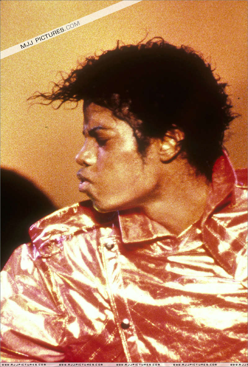 Victory Tour 02230