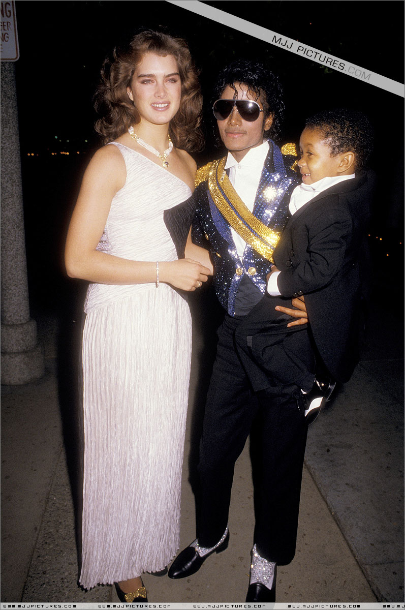 1984- The 26th Grammy Awards 02321