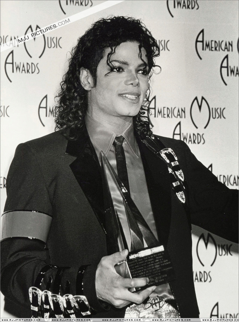 1989- The 16th American Music Awards 02332