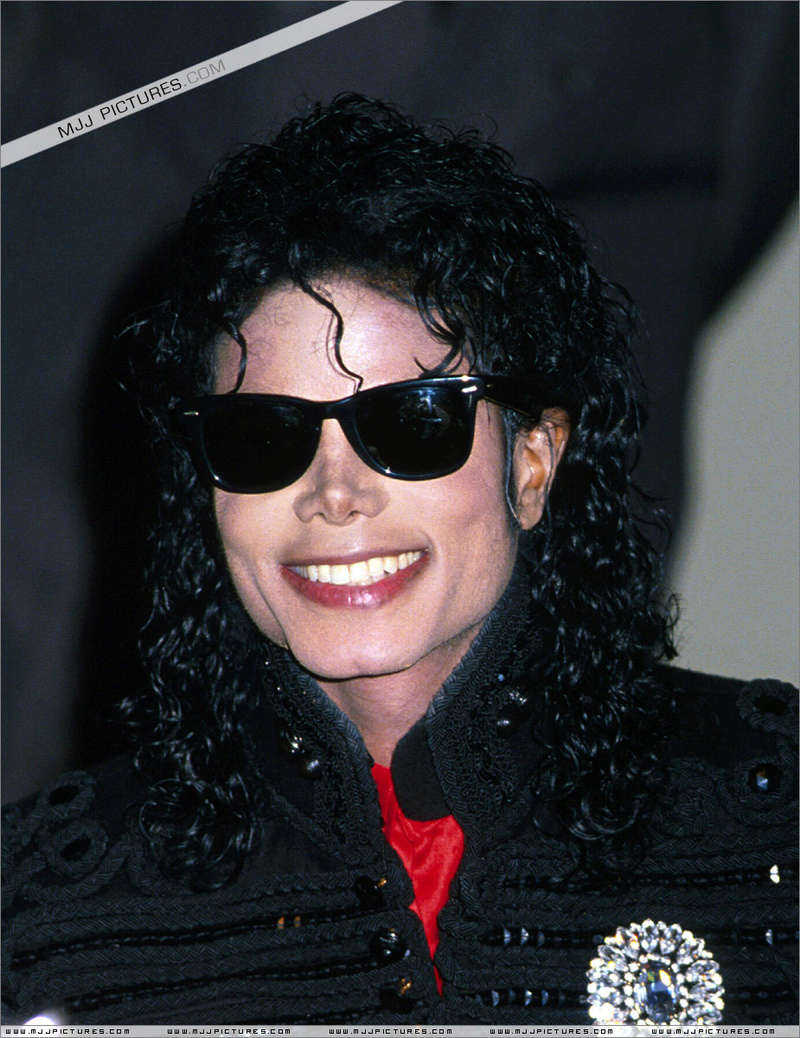1990- CBS Records Top Selling Artist Of The Decade 02334