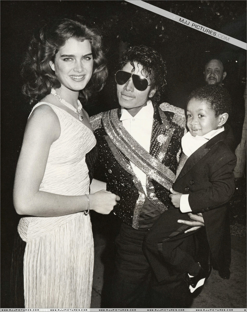 1984- The 26th Grammy Awards 02421