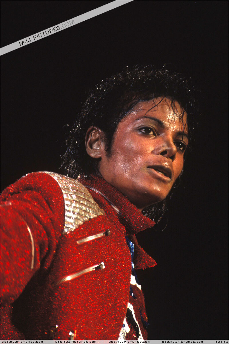 Victory Tour 02426