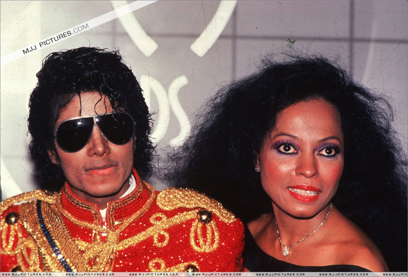 1984- The 11th American Music Awards 02516