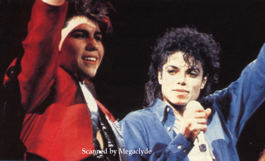 Bad World Tour Onstage- The Way You Make Me Feel 02535
