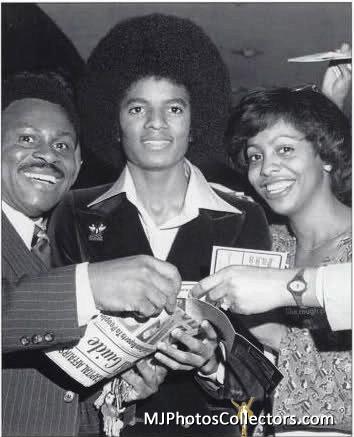 Jacksons- 1977 0260