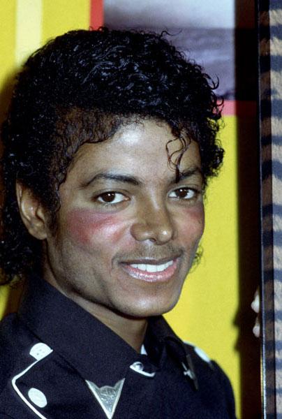 1983- Platinium Certification for Thriller 02614