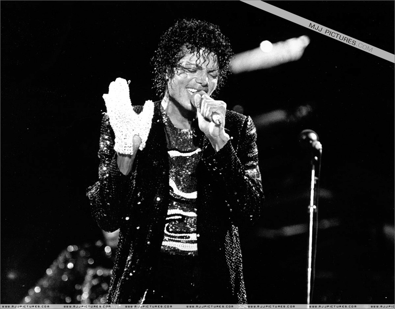 Victory Tour 02623